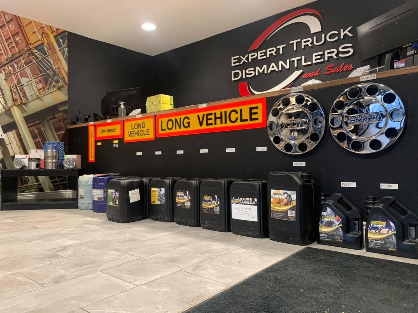 reception area -  Expert Trucks